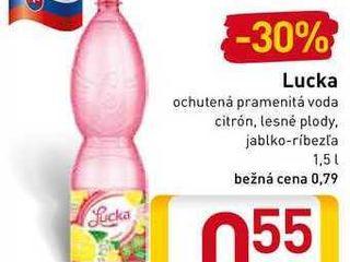 Lucka  ochutená voda 1,5 l